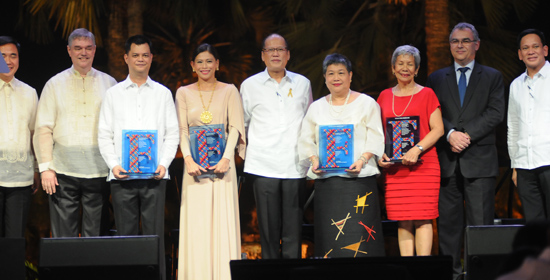 Informed Choices Common Thread of Freedom Flame Awardees